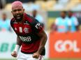 Flamengo 2-1 Internacional: Gabigol strikes as Brazilian Serie A title goes to final day