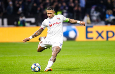 Fit and firing Memphis Depay is ready for his next move