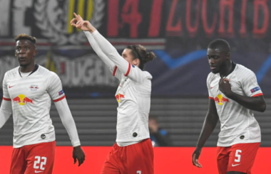 FC Goal of the Month, Oct 2019: Sabitzer's howitzer takes top spot
