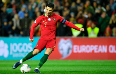 European Goals of the Week, 20 Nov: Ronaldo nears a century