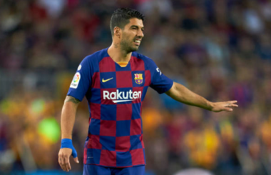 Suarez camp apoplectic as Barca aim to halt Atletico move