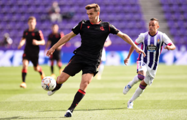 Leeds set to sign Diego Llorente from Real Sociedad