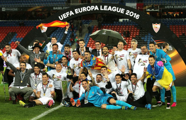 Sevilla claim record-breaking three in a row - Europa League 2015-16