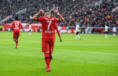 Bundesliga: Paulinho propels Leverkusen into Champions League places